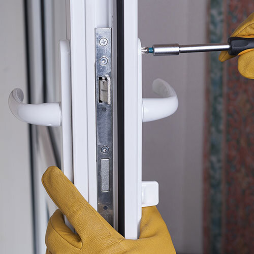 commercial property maintenance -lock servicing -max style